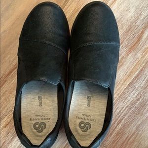 Clarks Shoes - Cloudsteppers bu Clark's black loafers